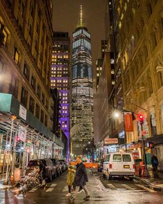 One World Trade Center by Matthew Chimera Photography by newyorkcityfeelings.com - The Best Photos and Videos of New York City including the Statue of Liberty Brooklyn Bridge Central Park Empire State Building Chrysler Building and other popular New York places and attractions.
