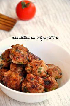 Chiftele de pui cu sos de peste, reteta simpla, carnea de pui e de obicei fada de aceea primeste gust si savoare de la sosul de stridii Tandoori Chicken, Meat, Ethnic Recipes, Food, Essen, Meals, Yemek, Eten