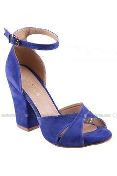 Platform Ayakkabı - Saks Mavisi Süet - İnce Topuk https://modasto.com/ince-ve-topuk/kadin-ayakkabi/br3118ct13 #modasto #giyim