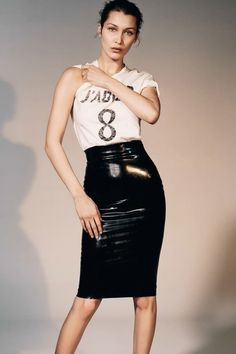 Фотосессия Беллы Хадид для Vogue China
