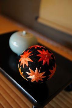 Japanese traditional handmade ball, Temari 手毬