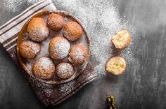 Piri mama kefires fánkja Recept képpel - Mindmegette.hu - Receptek Fritters, Donuts, Muffin, Breakfast, Food, Frost Donuts, Morning Coffee, Beignets, Essen