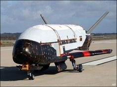Boeing-built Air Force space plane returns from mystery mission