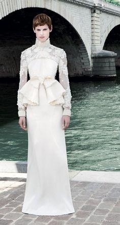 Dramatically Downton – Inspiration for an exquisitely Edwardian Wedding