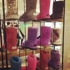 Wholesale Ugg boots with high discount.