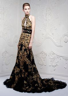 Alexander McQueen Spring 2013 Dress With Plume Profile Photo