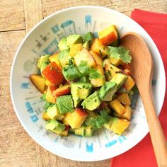 Peach and Avocado Sunshine Salad | Use summer's freshest peaches in this easy-to-make salad. Paired with luscious avocado (which contains good fats), your body will absorb all those good-for-you nutrients even better | Great recipe from @MealMakeoverMom