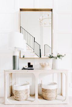 Minimalist Home Interior Organizations minimalist decor inspiration wall art. Style At Home, Entryway Decor, Entryway Tables, Modern Entryway, Entryway Console, Console Tables, Entryway Lighting, Modern Staircase, Console Mirror