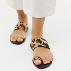 f9ffe6af1cfbe5 Slip-On Toe Ring Casual Sandals Summer Flat Slippers