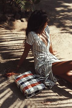 Seaside hangs with Sincerely Jules in the 'Right Side' Dress || Sincerely Jules X Billabong take Costa Rica