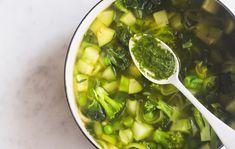 Vihreä minestronekeitto/Green minestrone soup, Kotliesi.fi
