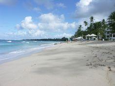 Porters Condo. Steps to the white powder beach. Love it!