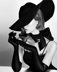 """Saatchi Art is pleased to offer the photograph, """"Chanel Lady in Black & White - Archival Matte Paper,"""" by Viktorija Pashuta, available for purchase at $880 USD. Original Photography: Black & White, Paper on Paper. Size is 40 H x 30 W x 0.1 in. Vogue Vintage, Vintage Glamour, Vintage Art, Vintage Models, Vintage Beauty, Vintage Black, Vintage Woman, Vintage Travel, Foto Fashion"""