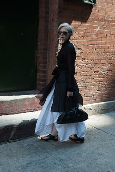Effortless style and glamour, 65 y.o., wow.
