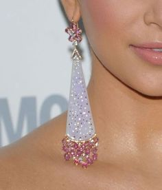 earrings... sparkly... dangly... has pink... what ciould be better?