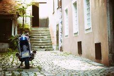 Custom Bikes, Classic Motorcycles, Cafe Racer Dreams and Mean Machines. Honda Scrambler, Scrambler Motorcycle, Bmw Cafe Racer, Motorcycle Saddlebags, Motorcycle Companies, Boxer, Custom Bikes, Chanel Boy Bag, Shoulder Bag