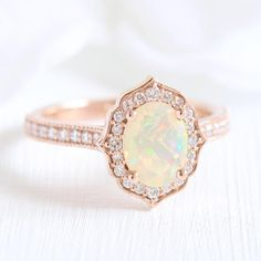 Vintage Floral Oval Ring in Milgrain Band mit Opal und Diamant, Matching Wedding Rings, Wedding Rings Simple, Unique Rings, Classic Engagement Rings, Rose Gold Engagement Ring, Oval Engagement, Engagement Bands, Ring Set, Ring Verlobung