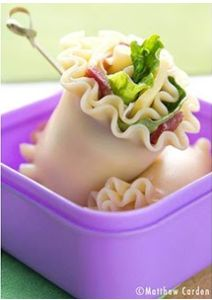 Noodle Wrap f your kiddo is bored with sandwiches, wraps are a great way to spice up a lunchbox routine. We have a slew of lunch ideas here, but for a fun new spin on this easy hand-held meal, try using a lasagna noodle to wrap vegetables, hummus, cheese or meat. Let's face it, noodles are oodles of fun.