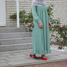 "6,936 Likes, 57 Comments - ﷽ (@hijabiselegant) on Instagram: ""So cute mashAllah  #hijabiselegant"""