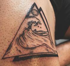 101 Amazing Japanese Wave Tattoo Designs You Need To See! Small Japanese Tattoo, Japanese Wave Tattoos, Japanese Waves, Traditional Japanese Tattoos, Wave Tattoo Design, Wave Design, Tattoo Designs, Great Tattoos, Small Tattoos