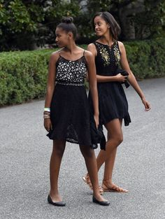 President Of The United States & First Lady Of The United States Have Two Reason To Celebrate This Weekend Proud Parents Congrats To You Both Congrats Malia Obama On Your High School Graduation & Happy Birthday Sasha Obama Blessing Thank You President Obama, Mr Obama, Barack Obama Family, Malia Obama, First Black President, Obama Lies, Obama Daughter, First Daughter, Obamas Wife