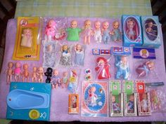 Little plastic dollies sold in corner shop windows! Retro Vintage, Vintage Toys, Plastic Doll, Tiny Dolls, Doll Furniture, The Good Old Days, Dollhouse Miniatures, Childhood Memories, Kids