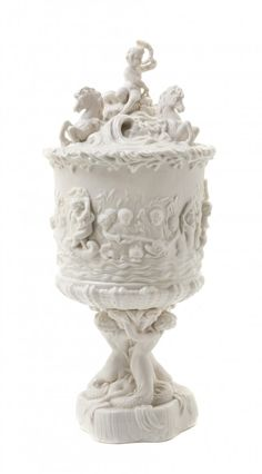 A Belleek Prince of Wales Ice Pail and Cover - gorgeous