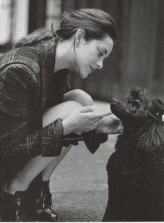 Marion Cottilard and dog