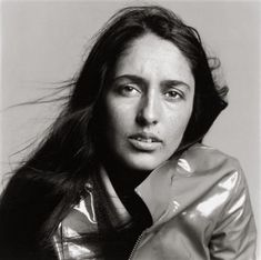 Google Image Result for http://leblogdesovena.com/wp-content/uploads/2010/05/joan-baez-singer-new-york-june-18-1965-richard-avedon-e1317116120914.jpg