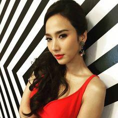 5 ดาราสาวไทย 'หน้าคม' สวยเฉียบคมทุกองศา