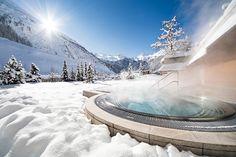 Beheizter XXL-Außen-Whirlpool mit Gletscherblick Hotel Alpenhof, Hotels, Relax, Niagara Falls, Nature, Travel, Children Playground, The Great Outdoors, Mountain Landscape