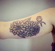 dahlia tattoo by Lisa Orth