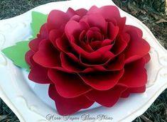 Flores de Papel - decoração do casamento - Grandes rosas de papel - 10 polegadas - Custom Made - carmesim