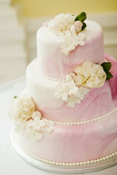 Light pink frosting #wedding #cake
