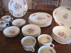 32 Piece Vintage Dishes set