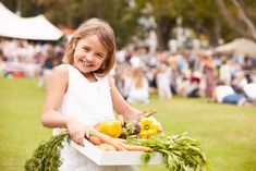 If you're on the hunt for fresh fruit, vegetables, and home baked goodies, check out a farmers' market. Monterey County has some excellent markets–here are out favorites! Indiana, Stock Photo Girl, Monterey County, Farmers Market, Fresh Fruit, Utah, Flower Girl Dresses, Stock Photos, Diets