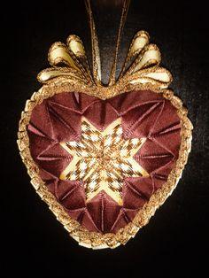 Moje rucni tvorba, falesny patchwork srdce brown.