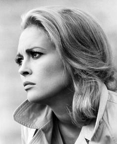 We Had Faces Then — Faye Dunaway, 1967, photo by Jerry Schatzberg