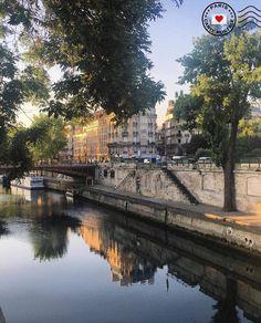 Quai Saint-Michel, Paris.