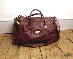Vintage Faux Leather Sports Bag // 80s by superqueenieretro