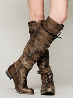 [ boots ] [ leather ] Free People Landmark Lace Boot<---these would look great with a steampunk outfit Look Fashion, Fashion Boots, Womens Fashion, Fashion News, Long Boots, Lace Up Boots, High Boots, Tall Boots, Bootie Boots
