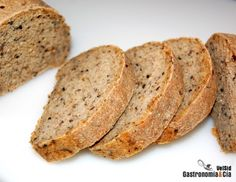 Pan de semillas y cereales.  Gastronomía y cia. http://es.pinterest.com/durtxu6923/panesmasas/