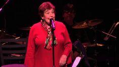Helen Reddy Live 2013 Helen is now 74/75. Still has the voice