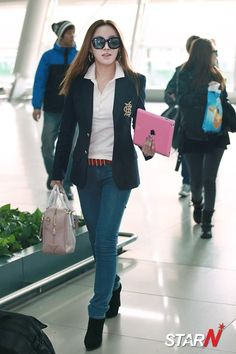 Korean Airport Fashion BEG Narsha