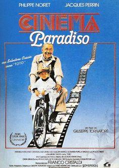 CINEMA PARADISO (DVD): Todo en esta película es conmovedora. El mejor homenaje al cine. El mejor final que he visto. Imposible contener las lágrimas.