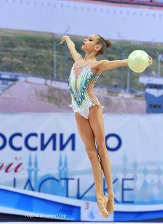 GUZENKOVA Anastasia (RUS) 2002 - Forum - BeatriceVivaldi.it
