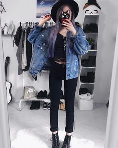"""966 Likes, 35 Comments - Sara  (@rightmew) on Instagram: """"Yes, I only know this one pose ♀️ • • • • • • #ootd #outfitinspiration #outfitideas #grunge…"""""""
