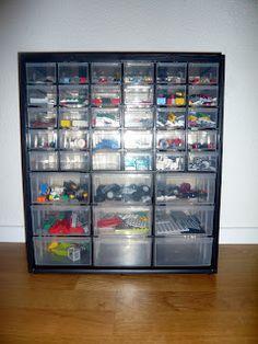 Simple, quite cheap and no space consuming Lego storage idea Nohama pevně na zemi...ale jen někdy;): Lego, Lego, všude samé Lego
