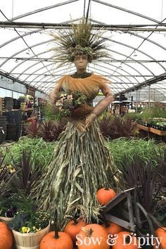 The Harvest Goddess -this would be a super cool fall decoration to make... a variation of course
