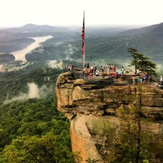 From the Blue Ridge to Outer Banks, these 8 natural attractions are the best in the state and a must-see for any North Carolinian or adventurer. Nc Mountains, North Carolina Mountains, Blue Ridge Mountains, Appalachian Mountains, Chimney Rock North Carolina, South Carolina, Cashiers North Carolina, Jacksonville North Carolina, Charlotte North Carolina